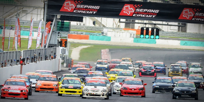 DEFCON-5: Super Honda Saloons Attacking MSF Race Cars Open