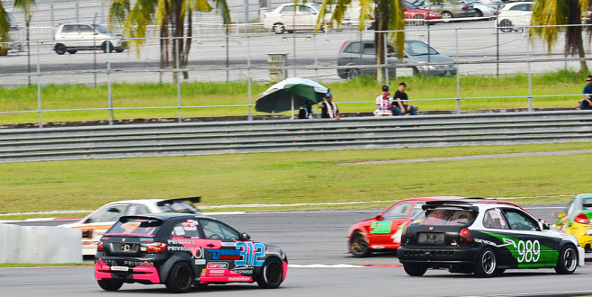 """Race Cars 1800: """"Being First is not my Target,"""" Nanthan of #989"""